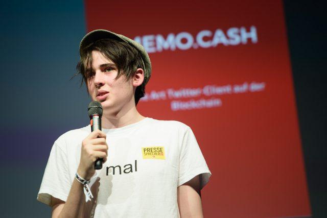 Vorschaubild zur Session 'Blockchain als disruptive Technologie'
