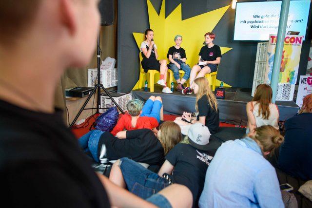 Vorschaubild zur Session 'Wie spricht man über Mental Health? - Ein Erfahrungsaustausch'