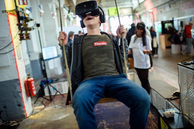 Vorschaubild zur Session 'VR Schaukel'