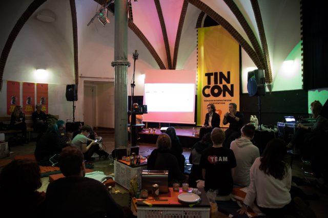 TINCON e.V. präsentiert: Die Talkshow mit Toast und Host.