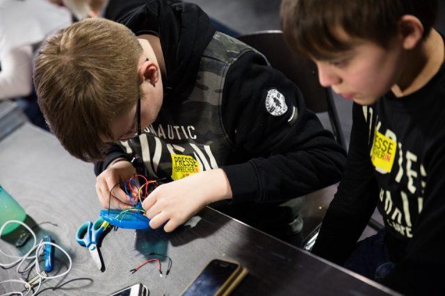 TINCON - teenageinternetwork convention - Das Festival für digitale Jugendkultur, die Gesellschaftskonferenz für Jugendliche von 13 bis 21 Jahren am 8. März 2019 im FFT Juta Düsseldorf.