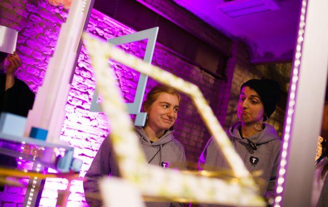 TINCON - teenageinternetwork convention - Das Festival für digitale Jugendkultur, die Gesellschaftskonferenz für Jugendliche von 13 bis 21 Jahren am 08. Mai 2019 im STATION Berlin.