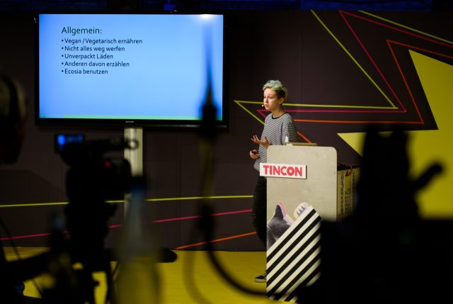 TINCON - teenageinternetwork convention - Das Festival für digitale Jugendkultur, die Gesellschaftskonferenz für Jugendliche von 13 bis 21 Jahren am 08. Mai 2019 im STATION Berlin. Speaker: Eni Session: Nachhaltig und umweltfreundlich leben kann jede*r!