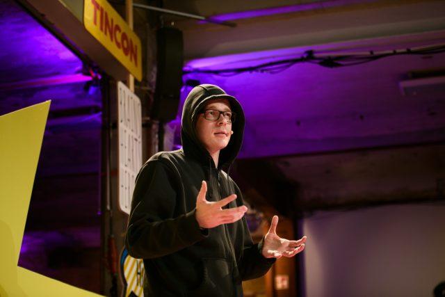 TINCON - teenageinternetwork convention - Das Festival für digitale Jugendkultur, die Gesellschaftskonferenz für Jugendliche von 13 bis 21 Jahren am 07. Mai 2019 im STATION Berlin. Speaker: Arne & Nico SemsrottSession: Aktivismus vs. Passivismus