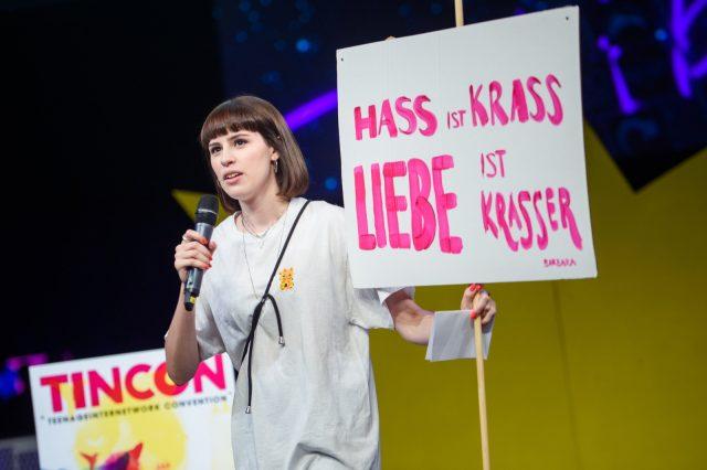 TINCON - teenageinternetwork convention - Das Festival für digitale Jugendkultur, die Gesellschaftskonferenz für Jugendliche von 13 bis 21 Jahren am 19. September 2017 auf Kampnagel in Hamburg.Session: Eröffnung
