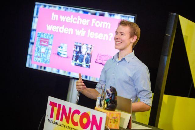 TINCON - teenageinternetwork convention - Das Festival für digitale Jugendkultur, die Gesellschaftskonferenz für Jugendliche von 13 bis 21 Jahren am 19. September 2017 auf Kampnagel in Hamburg.Speaker: Lennart SchaeferSession: Wie wir in Zukunft Bücher lesen werden