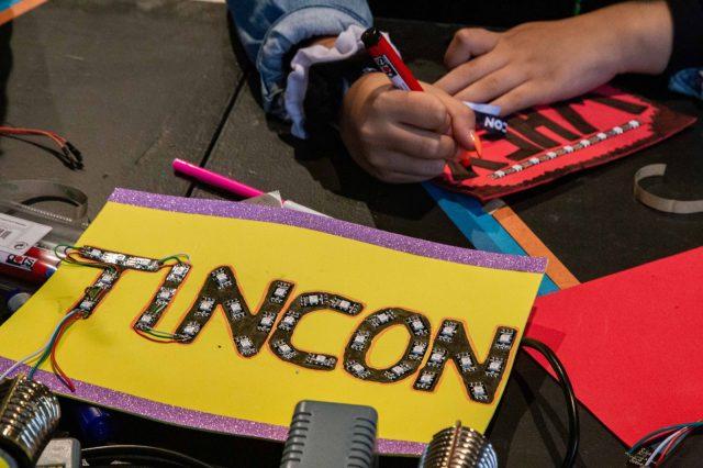 TINCON - teenageinternetwork convention - Das Festival für digitale Jugendkultur, die Gesellschaftskonferenz für Jugendliche von 13 bis 21 Jahren am 20. September 2019 auf Kampnagel in Hamburg.Makerspace.