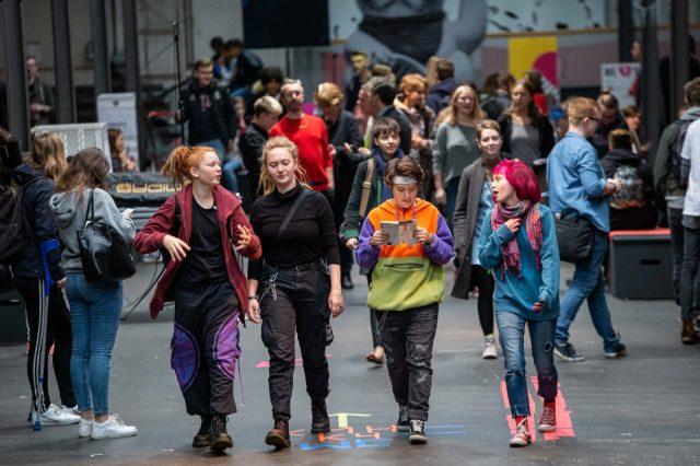 TINCON - teenageinternetwork convention - Das Festival für digitale Jugendkultur, die Gesellschaftskonferenz für Jugendliche von 13 bis 21 Jahren am 20. September 2019 auf Kampnagel in Hamburg.