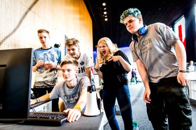. – Das erste Festival für digitale Jugendkultur \\\\\\\