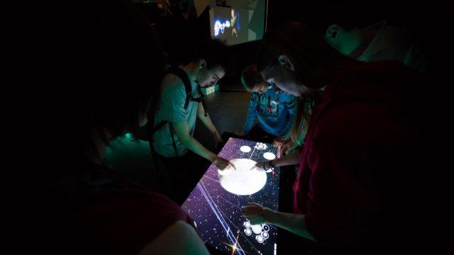 NUIverse: Reise durch unser Sonnensystem. Erster Tag der TINCON am 27.05.2016 im Haus der Berliner Festspiele in Berlin. – Das erste Festival für digitale Jugendkultur \\\\\\\