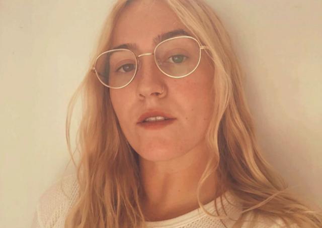 Thumbnail zum Beitrag 'Virtual Photo Booth: Dein Portrait von Alice Plati'